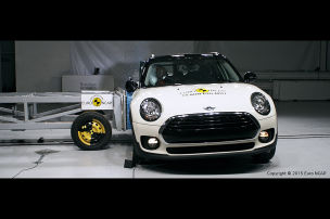 Maxi-Mini im Crashtest