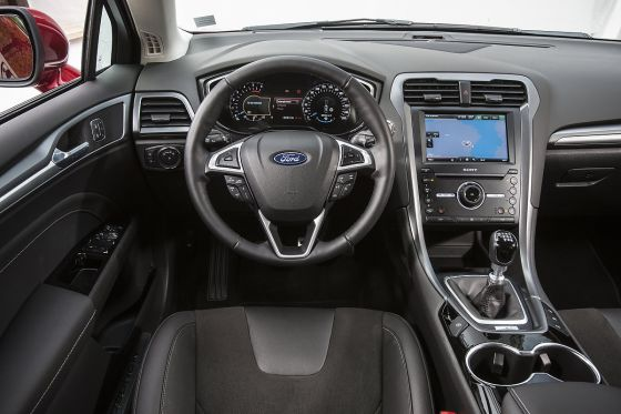 ford mondeo 2 0 tdci awd 2015 im test fahrbericht. Black Bedroom Furniture Sets. Home Design Ideas