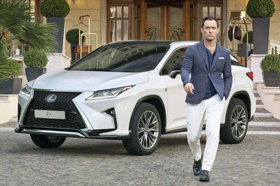 Jude Law wirbt für Lexus