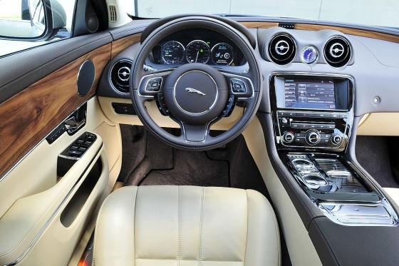 Jaguar XJ V6