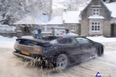 Lamborghini Diablo im Schnee: Video