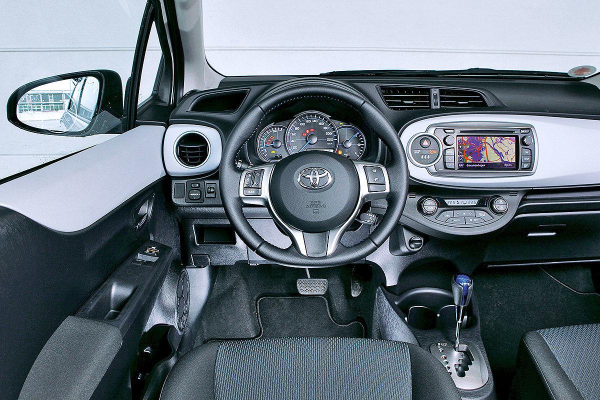 100 000 Kilometer Im Toyota Yaris Hybrid Bilder