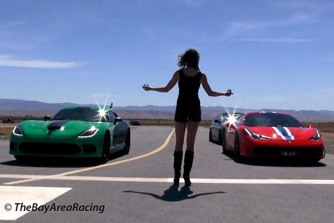 Ferrari 458 gegen Viper SRT