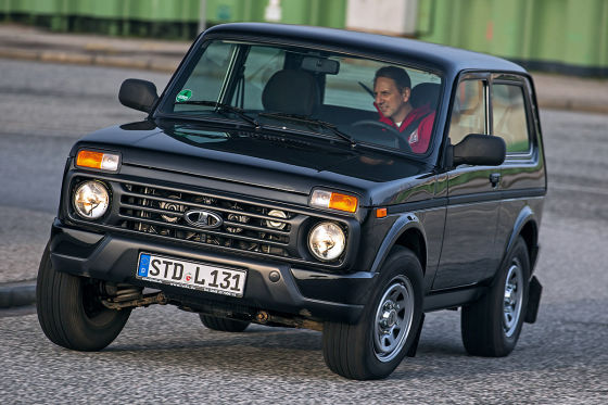 lada 4x4 urban im praxis test. Black Bedroom Furniture Sets. Home Design Ideas