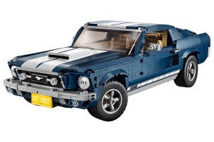 Ford Mustang aus 1471 Lego-Teilen