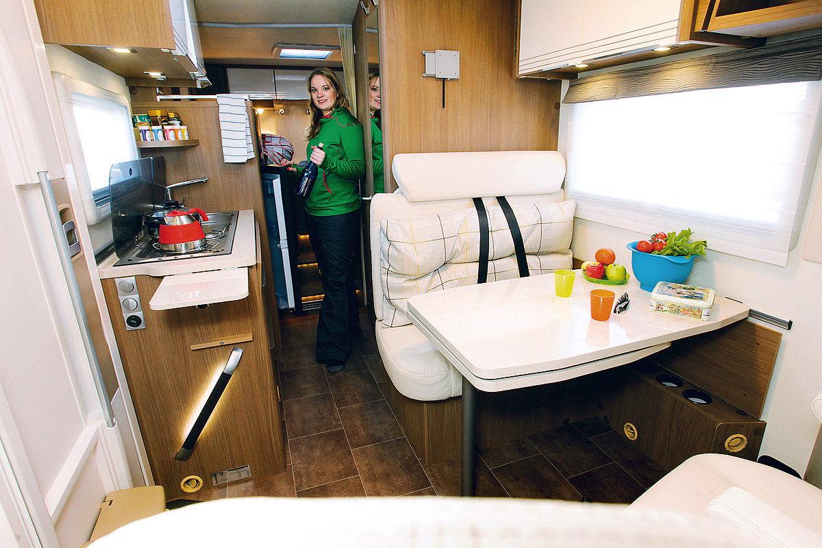 Vier Integrierte Wohnmobile Im Test Bilder Autobildde