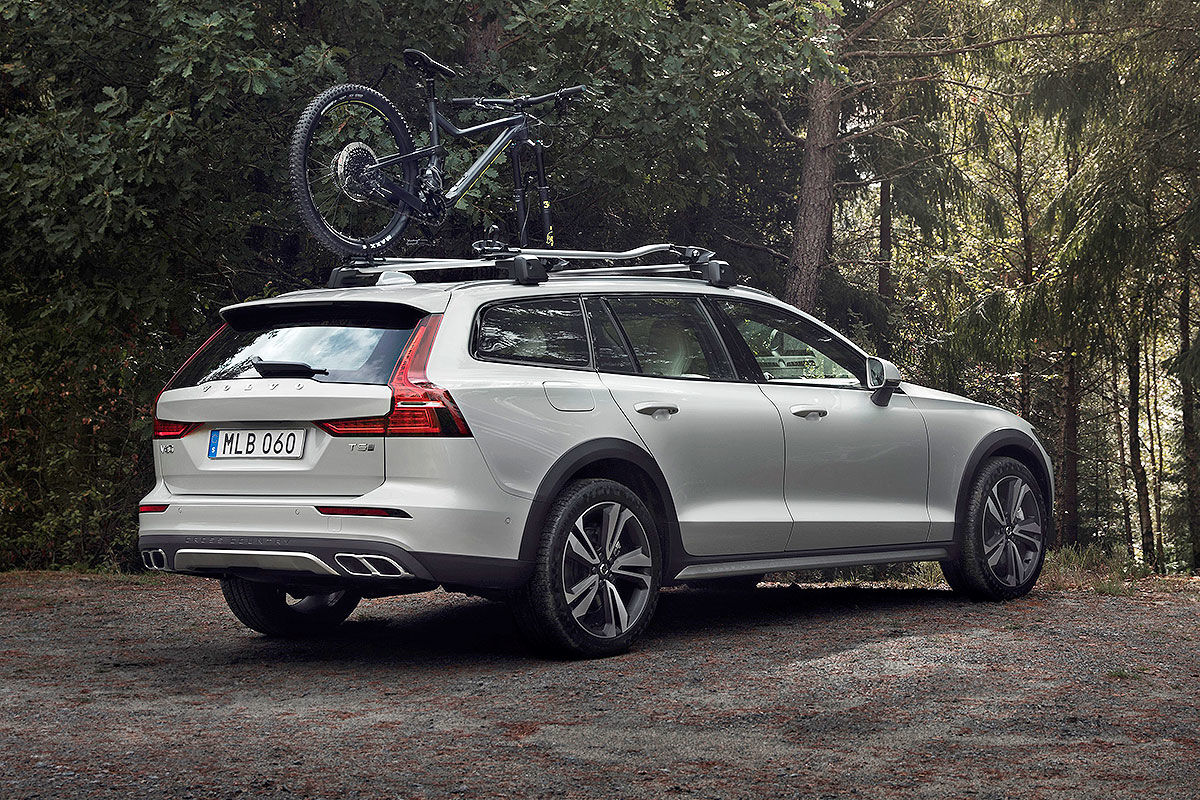 2020 Volvo V60 Cross Country Performance