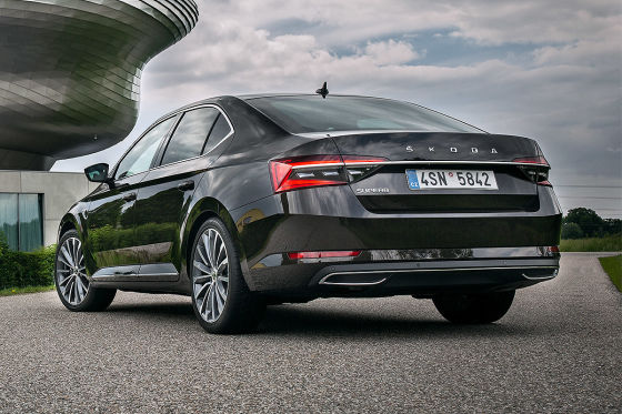 Skoda Superb Combi Illustraion