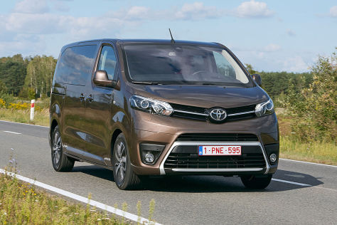 Toyota Proace Verso (2016) im Test: Fahrbericht, Motoren ...