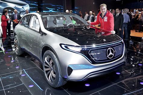 Mercedes EQ SUV (2016) im Test: Sitzprobe - autobild.de