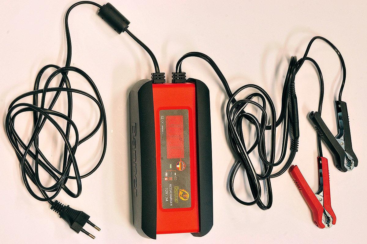 Batterie-Ladegerät: Banner Accucharger