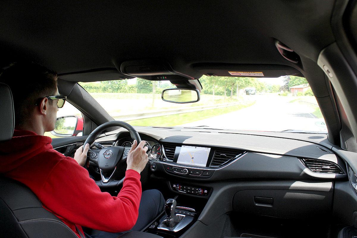 Opel Insignia Sports Tourer (2017): Infos, Tests und Bilder