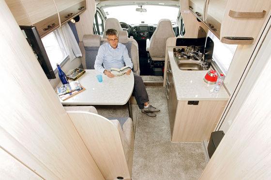 Kleiner Kühlschrank Wohnmobil : Hobby siesta a wohnmobil test autobild