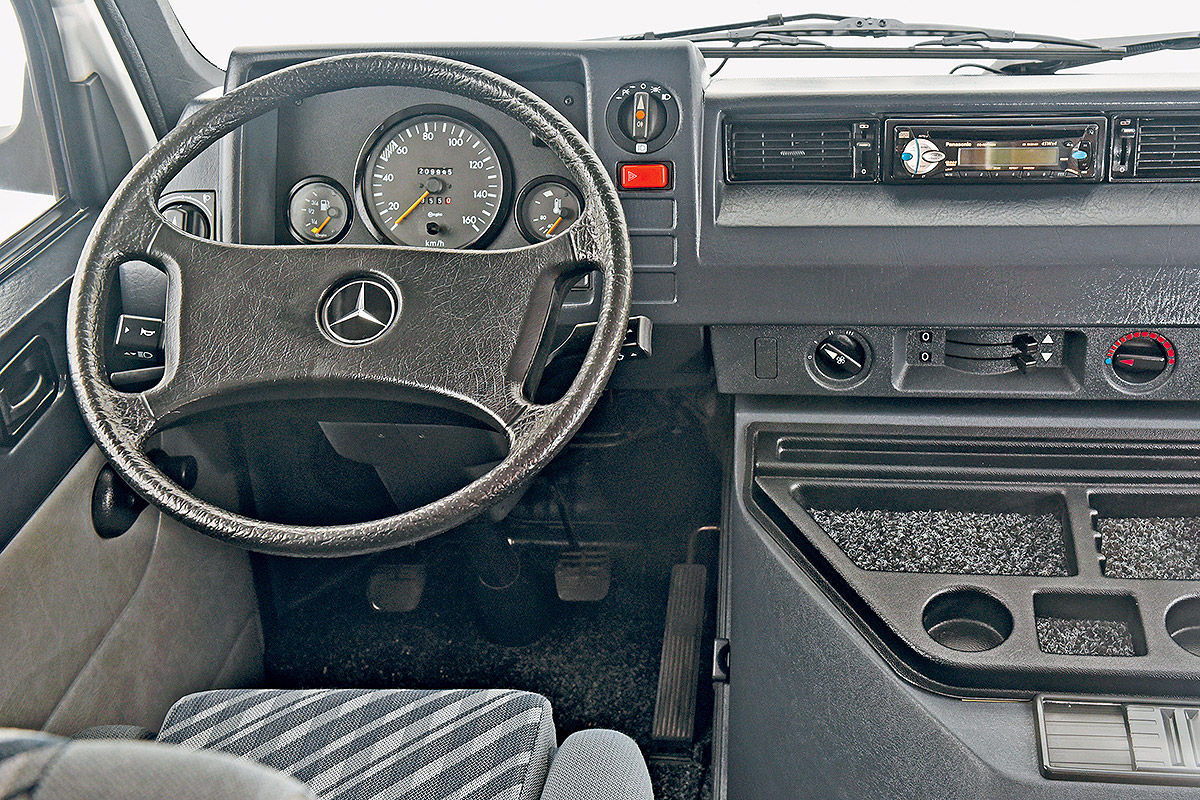 Karmann Mercedes MB 100