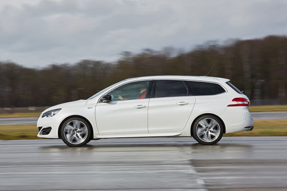 Vergleich Skoda Octavia Combi Trifft Auf Peugeot 308 Sw Autobild De