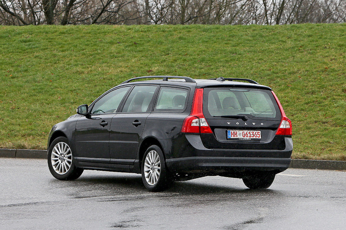 gebrauchtwagen test volvo v70 iii bilder. Black Bedroom Furniture Sets. Home Design Ideas