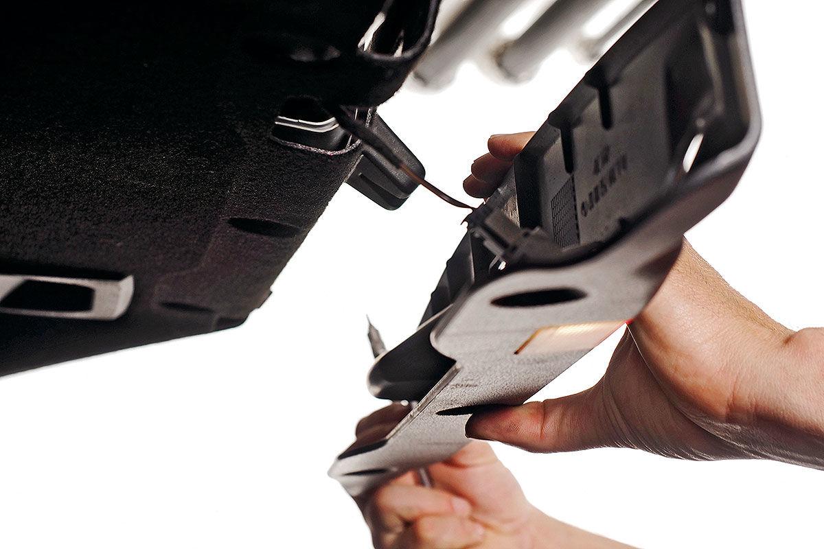 Einbausatz Kamera, Modulator und Kabelsatz