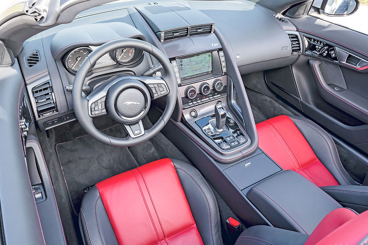 Jaguar F-Type R AWD Cabriolet