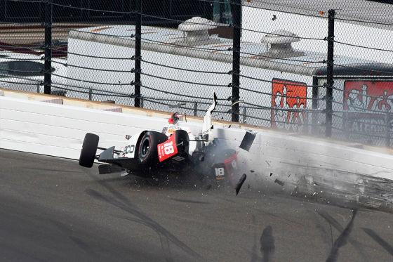 Bourdais nach Mega-Crash verletzt