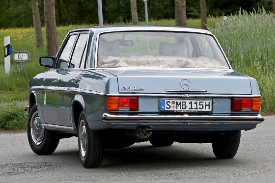 Mercedes-Duell W 212 gegen W 115
