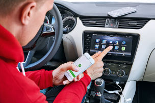 Was kann Ihr Handy im Auto?