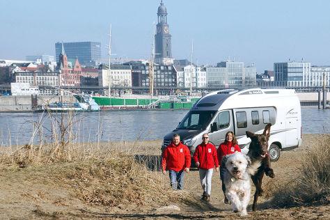 Wohnmobil-Stellplätze: Hundebesitzer