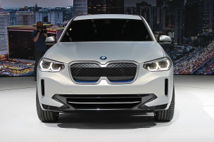 Das wird BMWs erstes E-SUV