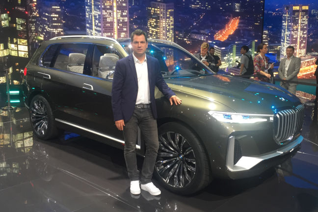 video bmw x7 concept iaa 2017. Black Bedroom Furniture Sets. Home Design Ideas