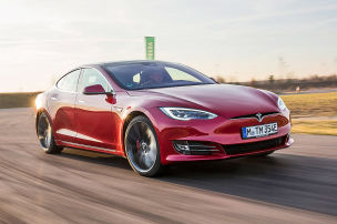 Kilometer-Boost von Tesla
