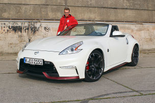 So f�hrt der 370Z Roadster RS
