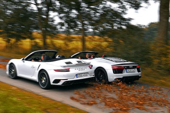 Audi R8 V10 Plus Spyder Porsche 911 Turbo S Cabrio