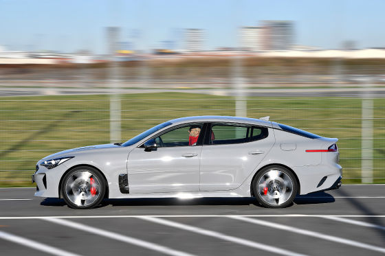 Test Neuer Kia Stinger Gegen Audi S5 Und Jaguar Xe
