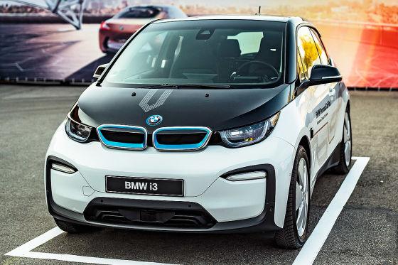 BMW zeigt selbstfahrenden i3