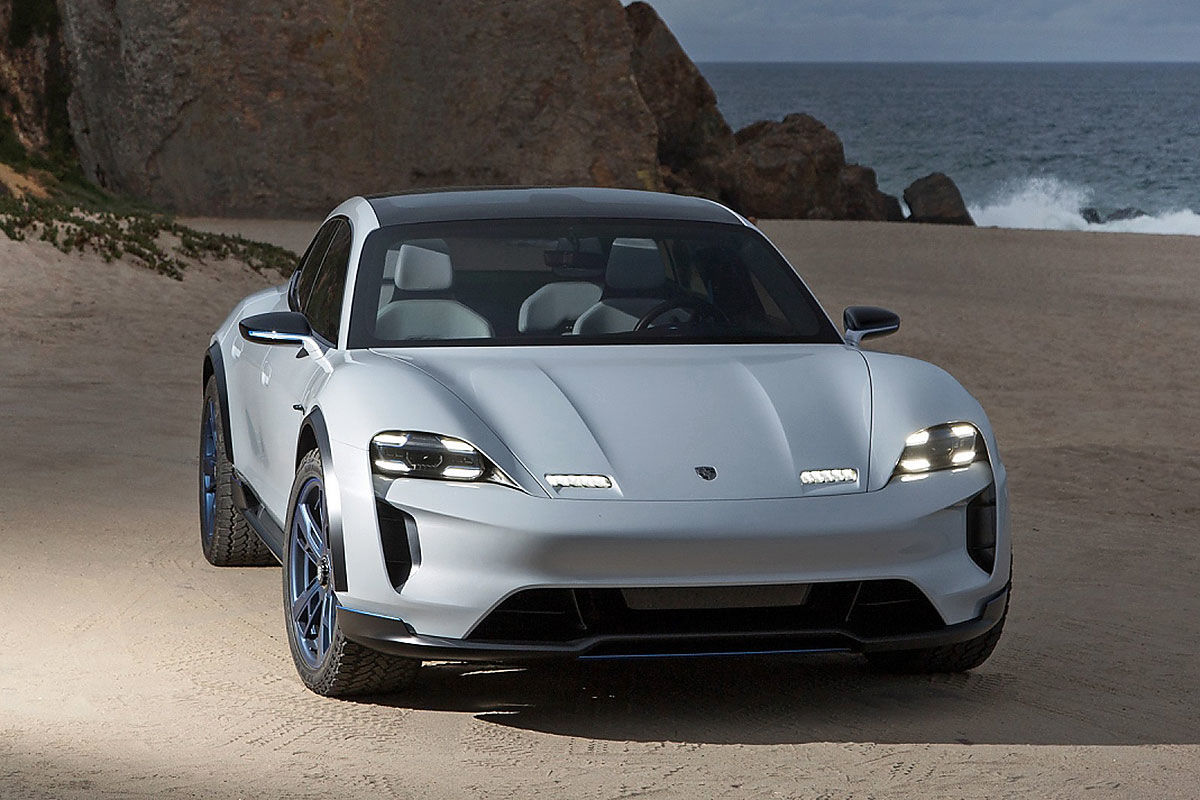 Porsche Mission E Cross Turismo (2018): Bilder, Cockpit, Test