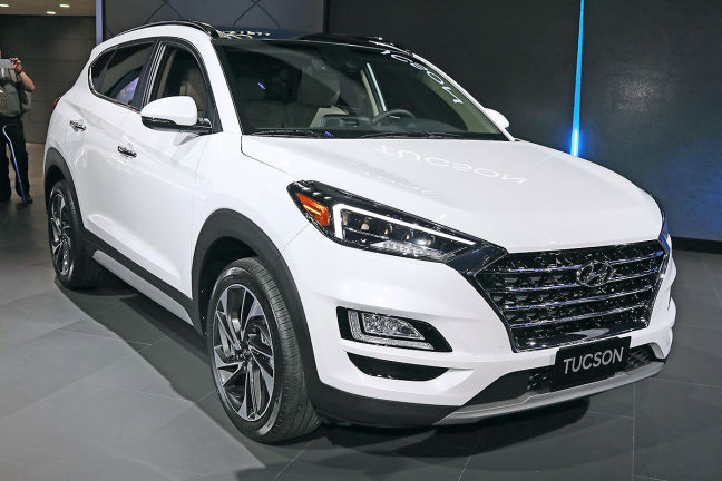 video hyundai tucson facelift nyias 2018. Black Bedroom Furniture Sets. Home Design Ideas