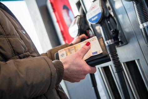 Benzinverbrauchsrechner: So Spritverbrauch berechnen