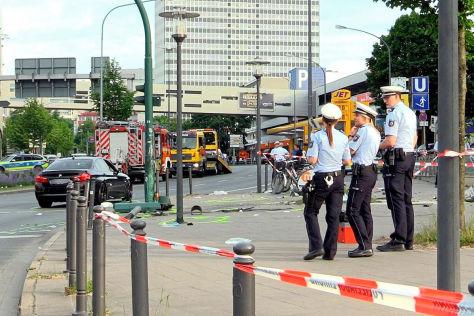 Raser-Crash in Essen
