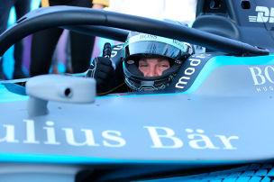 Sogar Keke schaut Formel E