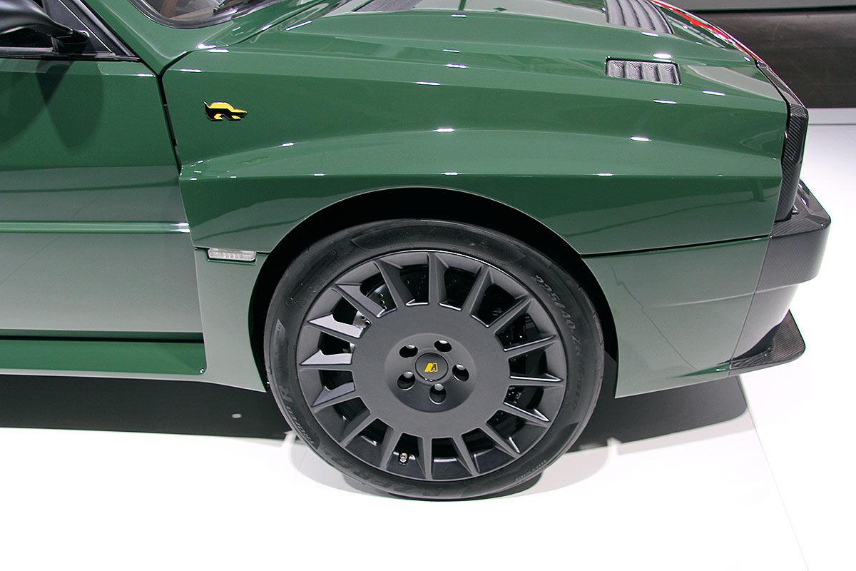 Lancia Delta Futurista (2018): Automobili Amos, Integrale 16V