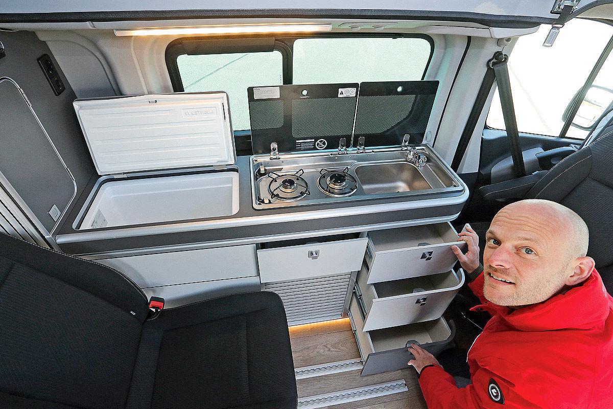 Wohnmobil Nissan Michelangelo - Küchenblock