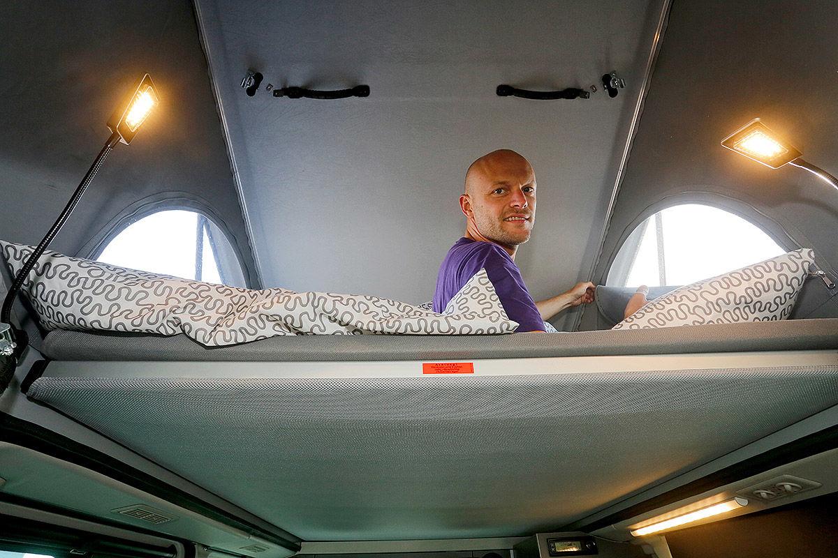 Wohnmobil Nissan Michelangelo - oberes Bett