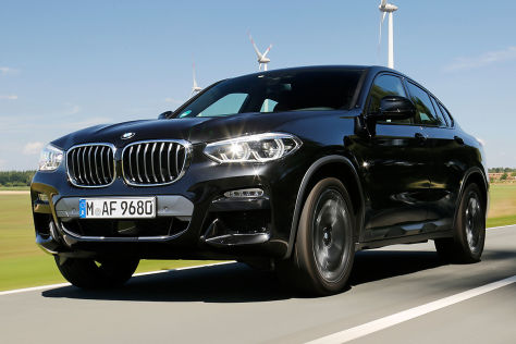 suv coup im test kann der bmw x4 auch praktisch. Black Bedroom Furniture Sets. Home Design Ideas