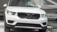 Volvo XC40, Ford Focus: Euro NCAP Crashtest 2018