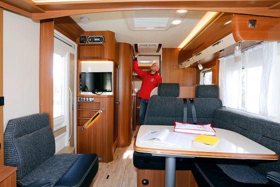 LMC Explorer Comfort I 735 G