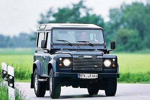 Behutsame Evolution: Land Rover baut den Defender seit 1948.