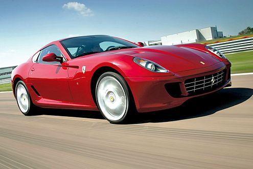 La Bomba Bombastica: Italienisch nicht ganz korrekt, aber ein schöner Titel für die neue Granate von Ferrari.