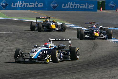 Am Sonntag siegte Hülkenbergs Teamkollege Romain Grosjean.