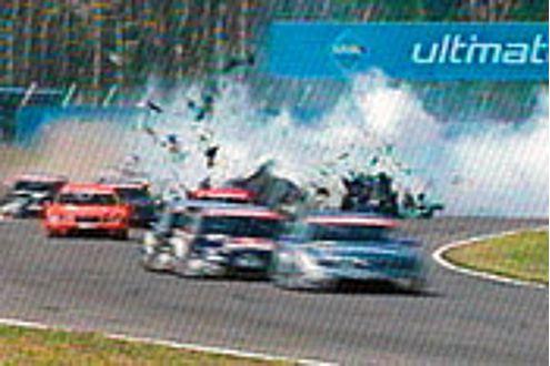 Ohne den Crash wäre die Freude für Frank Biela komplett.