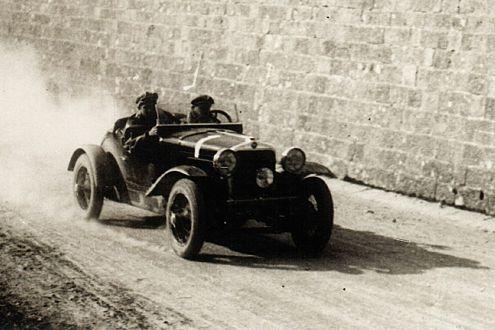 Jubiläum: Seit 1927 lockt die Mille Miglia Auto-Verrückte nach Italien.