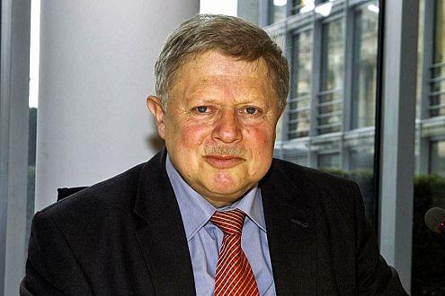 Klaus Lippold (CDU) fordert schärfere Lkw-Kontrollen an Sonntagen.